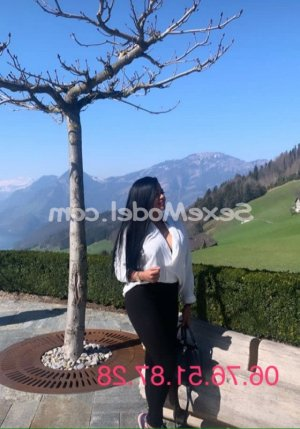 Joliane escort girl rencontre coquine